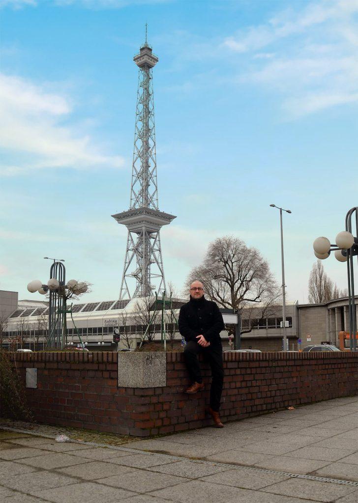 Foto: Alexander Sempf vor dem Funkturm